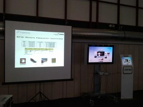 Presentatie SocialMediaCaster