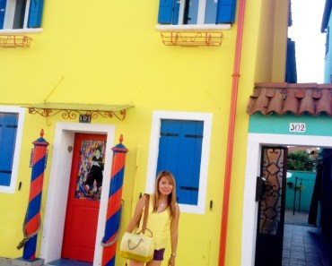burano yellow house