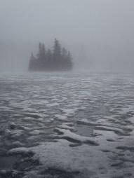 16/52 - The frozen lake