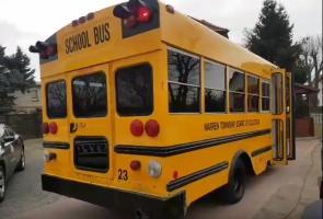 Schulbus gebraucht kaufen – verrückt?