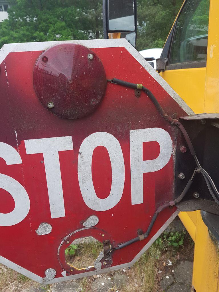 Stoppschild Schulbus
