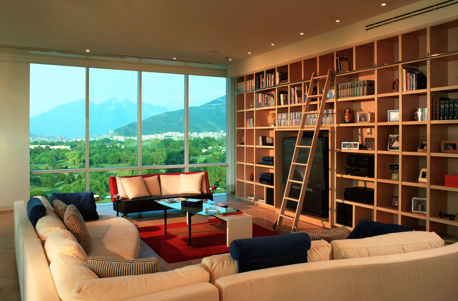 Contemporary Country Club loft Apartment