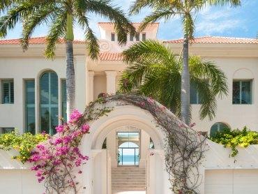 Jerry Jacobs Design Waterfront Villa Design