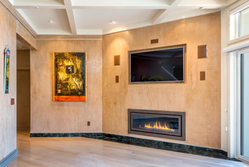 Fireplace TV Wall Jerry Jacobs. Contemporary Apartment design San Francisco