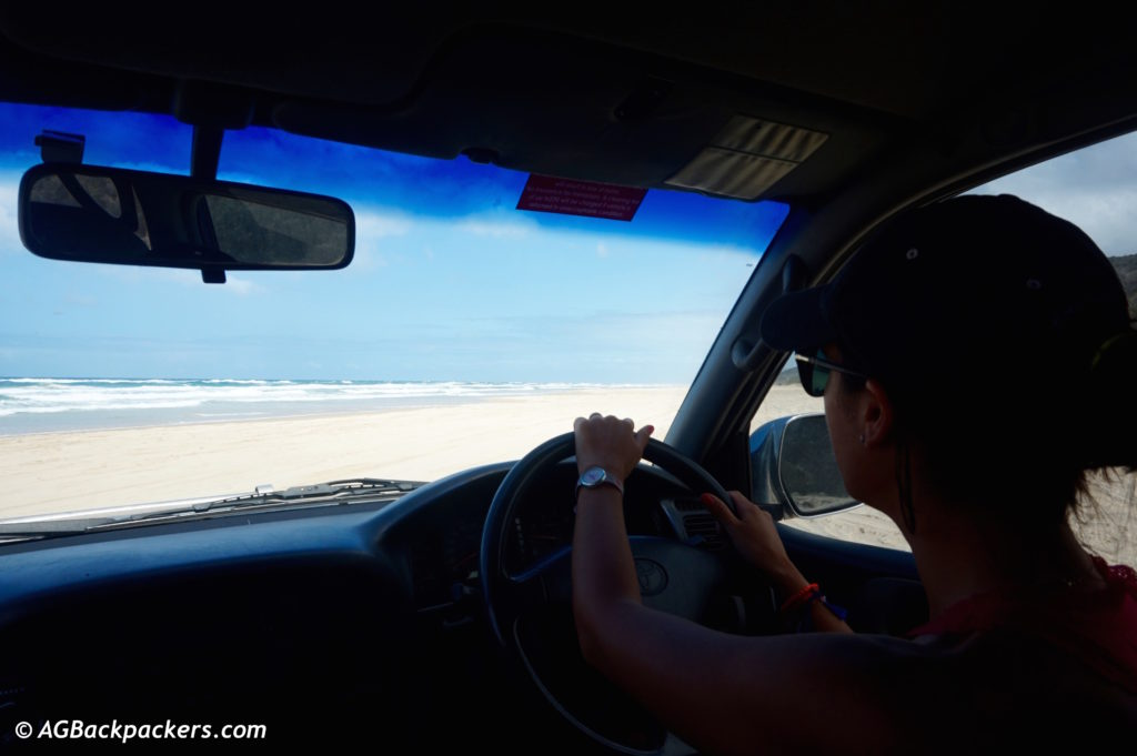 La conduite sur le sable de Fraser Island