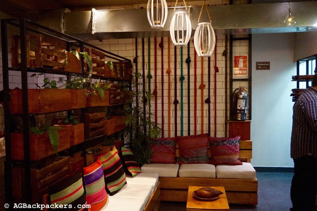 CUSCO Perou L'intérieur du restaurant café Morena