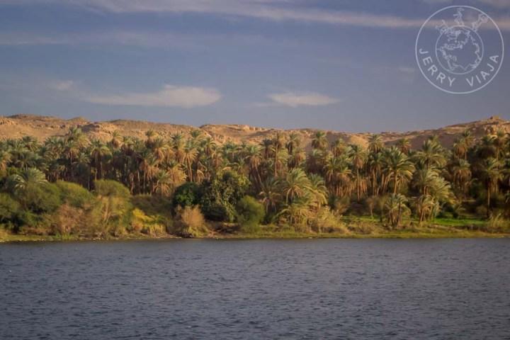 Orillas del río Nilo en el Sur de Egipto.