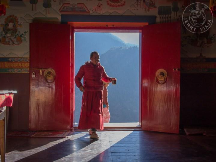 Monje en el Monasterio de Tengboche, Everest Base Camp, Nepal