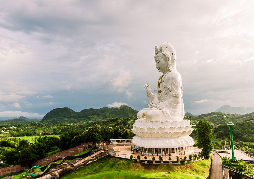 Guía: Qué ver en Chiang Rai. Templo de la Diosa de la Misericordia, Chiang Rai, Tailandia