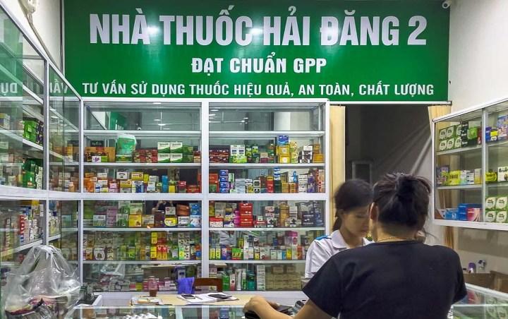 Farmacia venta de medicamentos en Hanoi, Vietnam