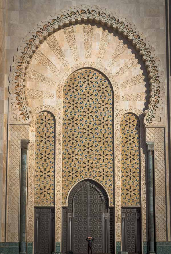 Entrada principal Mezquita de Hasan II, Casablanca, Marruecos