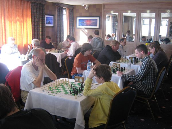 Castle Chess March 2011