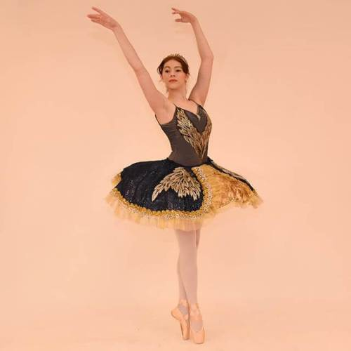 The girl will be performing as the Dew Drop Fairy in the Dec 8 evening performance of The Nutcracker. @westmorelandsymphony @laurelballetperformingco