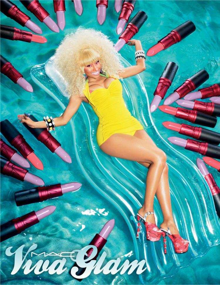 (Nicky Minaj wearing Nicki 2)