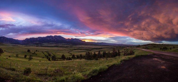 Boulder Sunset Panorama 2016
