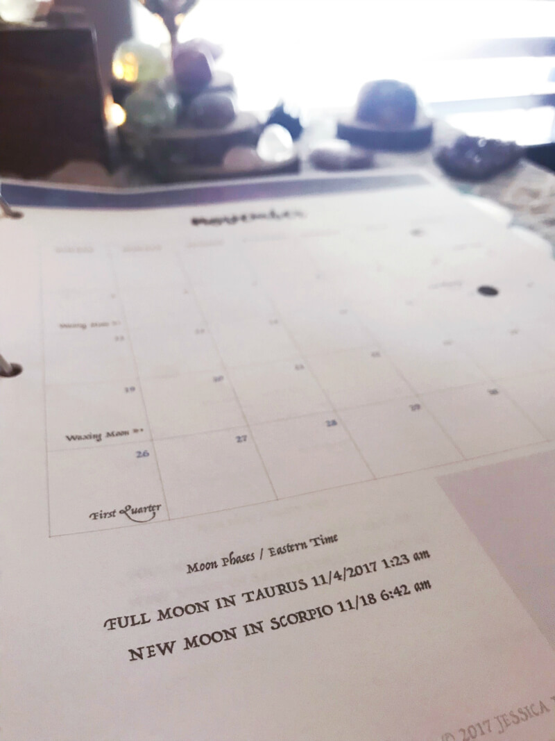 How I organize my Moon Binder #moonmagic #moonvibes #mooncalendar