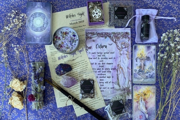SugarMuses Witch Box