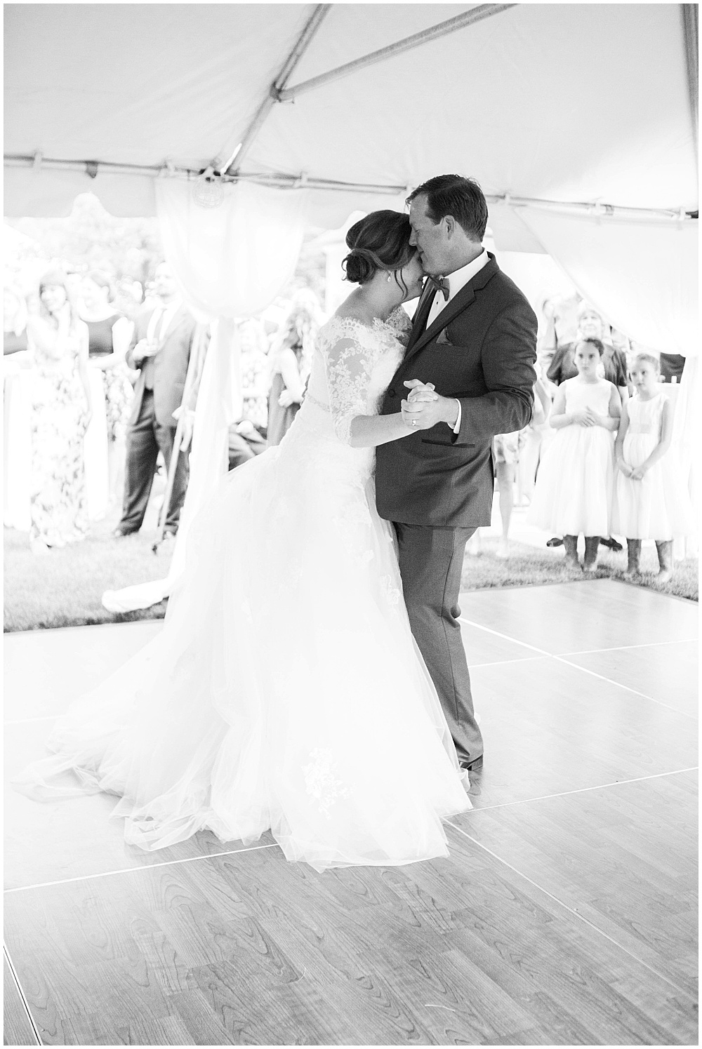 Indianapolis Private Residence Wedding   Leslie + Jay - Jessica Dum ...