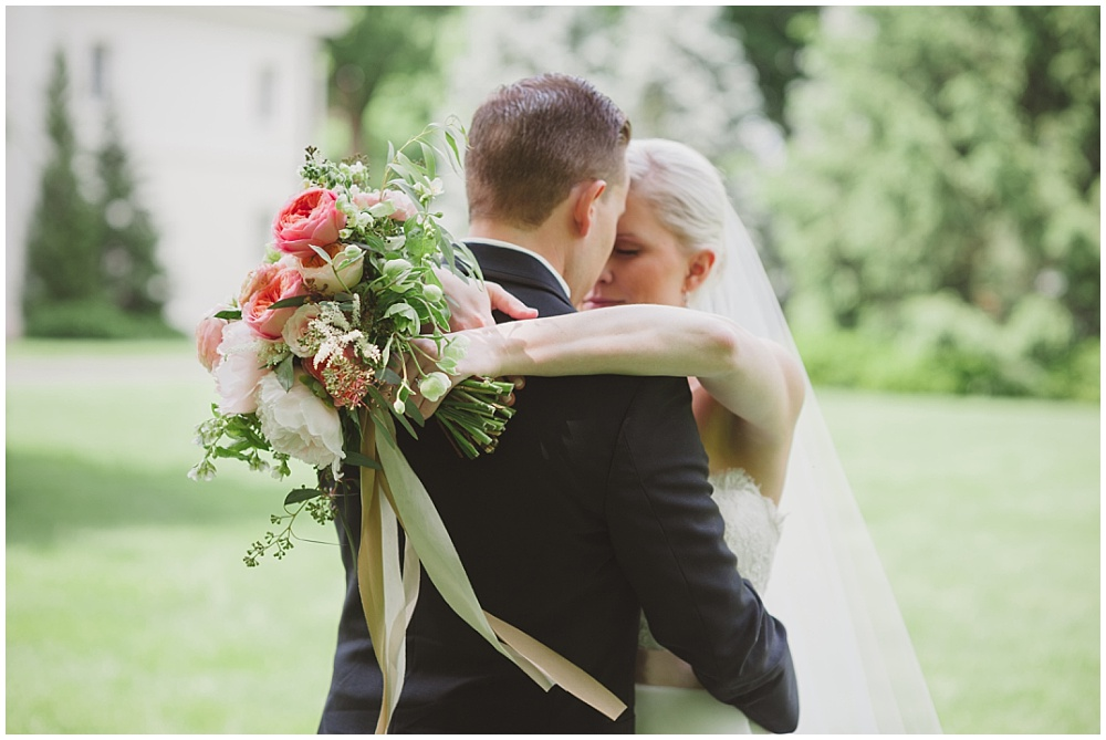 Bride and Groom with blush bridal bouquet   Ritz Charles Garden Pavilion Wedding by Stacy Able Photography & Jessica Dum Wedding Coordination