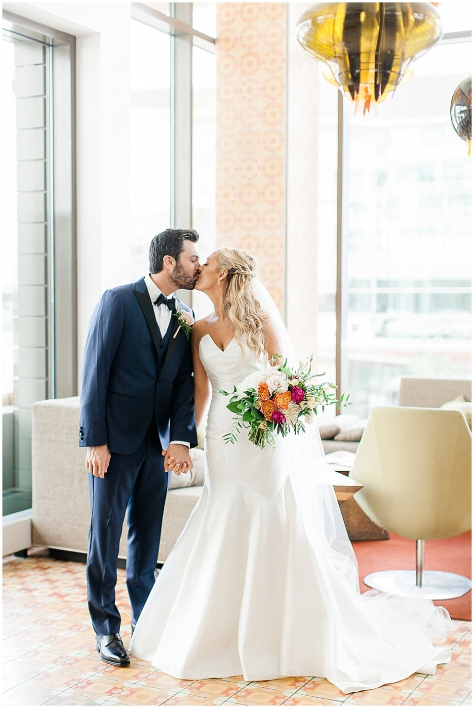Bride and groom portraits | Canal 337 wedding by Jenny Haas Photography & Jessica Dum Wedding Coordination