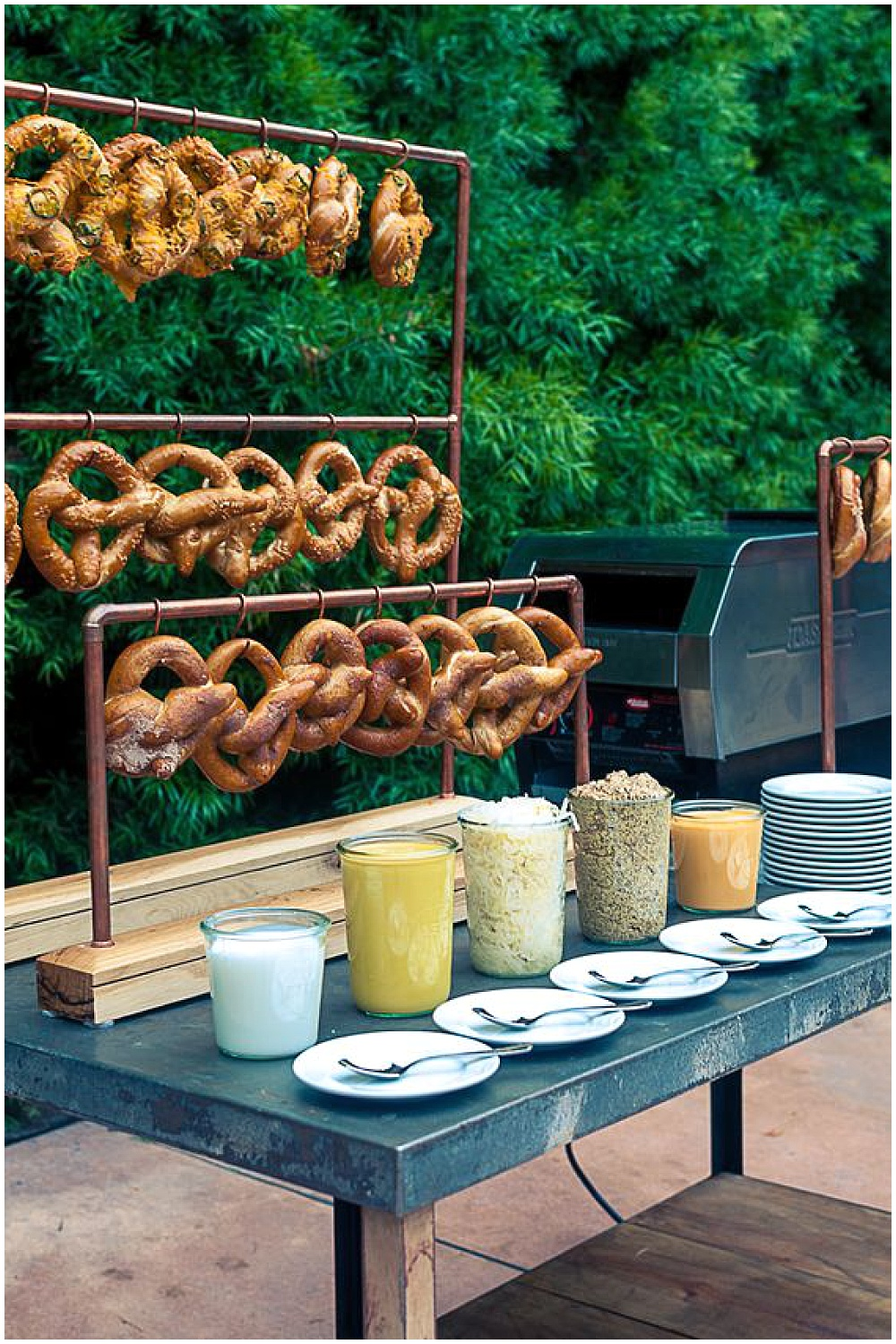 7 Waysto Make Your Wedding Interactive | interactive wedding; wedding ideas; food stations; station ideas; food station ideas; tapas-style wedding; tapas-style food station; pretzel station; pretzel food station