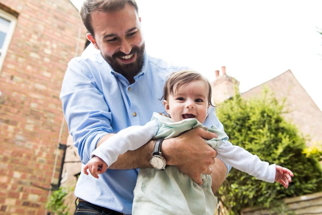 12 Fun happy family photography Surrey