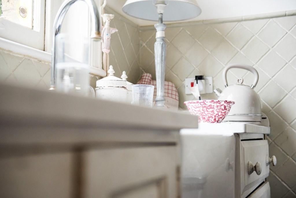 3 Rustic kitchen decor Surrey