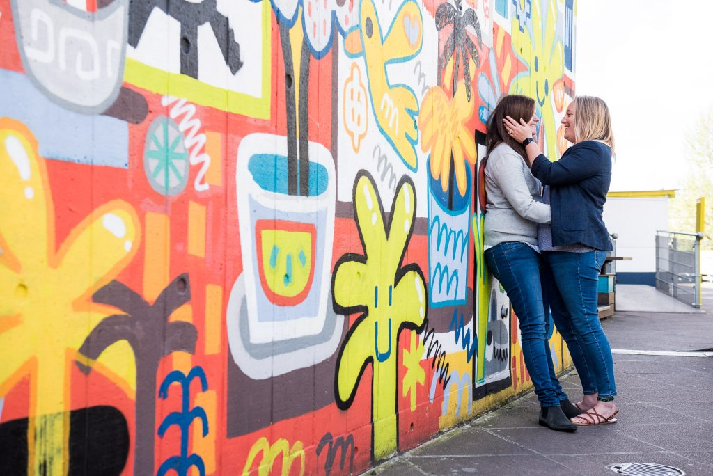 creative couples photography with London street art
