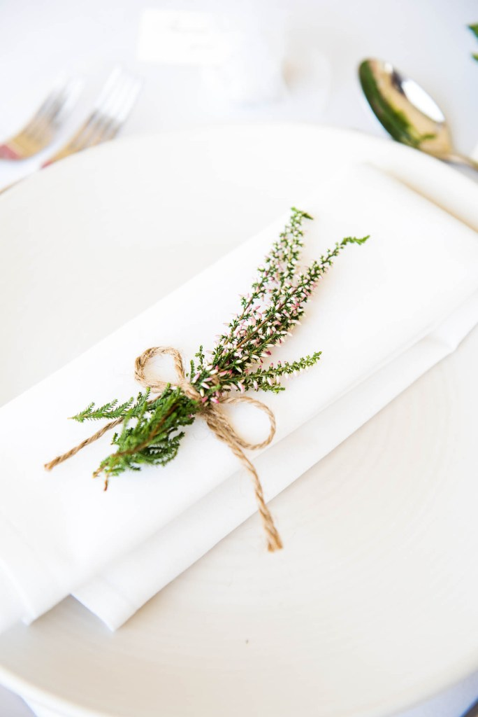 Outdoor Wedding Photography Surrey, Simple Heather Wedding Favour With Brown Twine