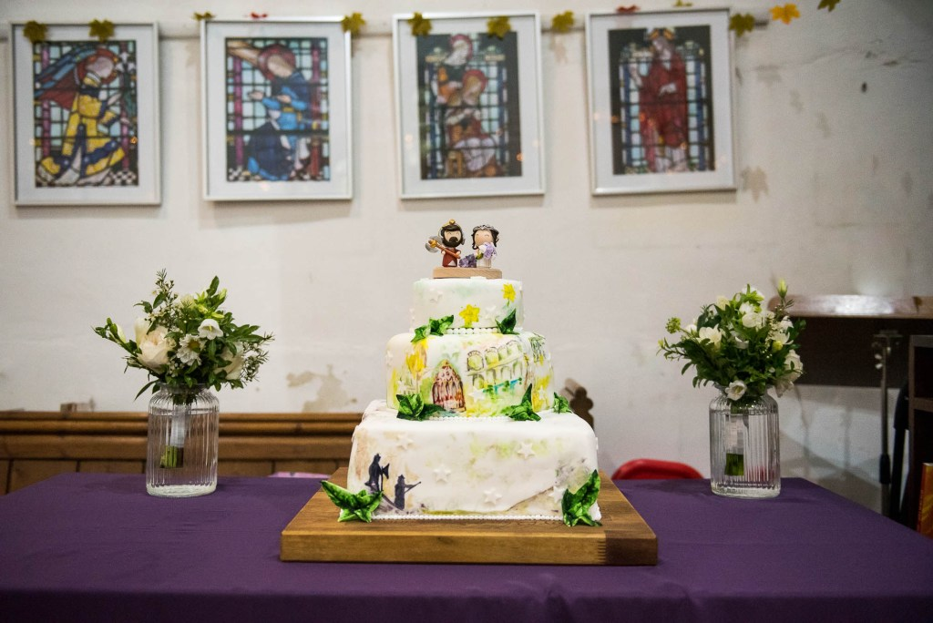 Bespoke wedding cake with Lord of The Rings Decoration theme