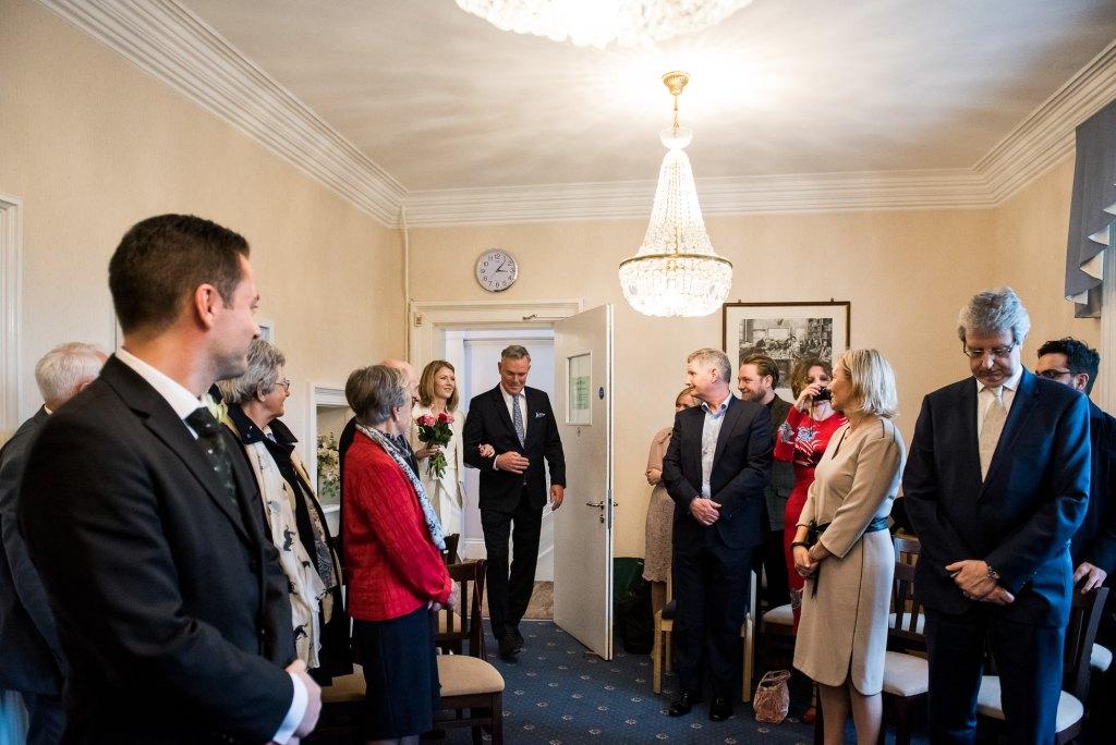 Intimate Surrey Wedding Artington House wedding