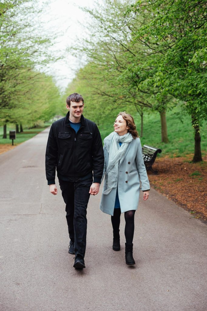 Spring engagement photography shoot in Greenwich Park