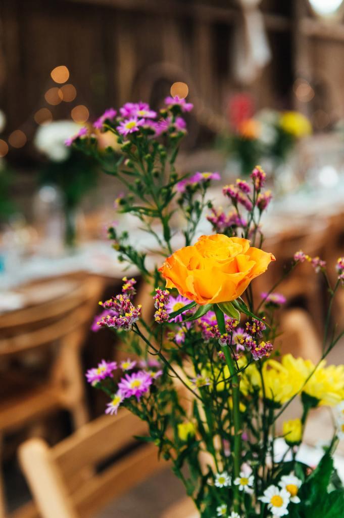 Gorgeous wedding floral arrangements