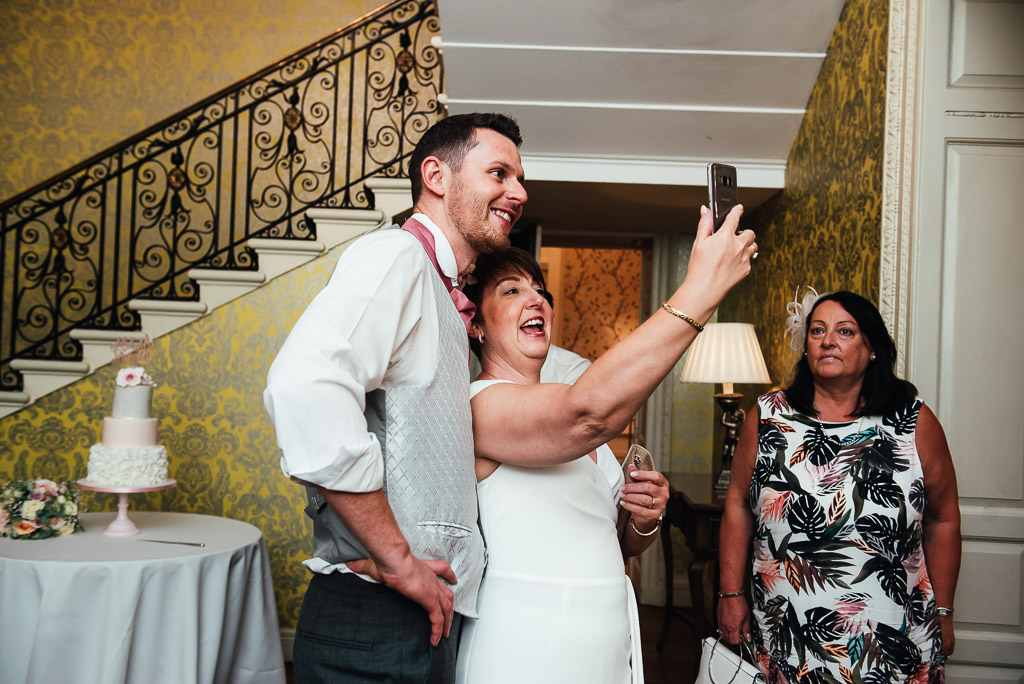 Fun wedding guest photography