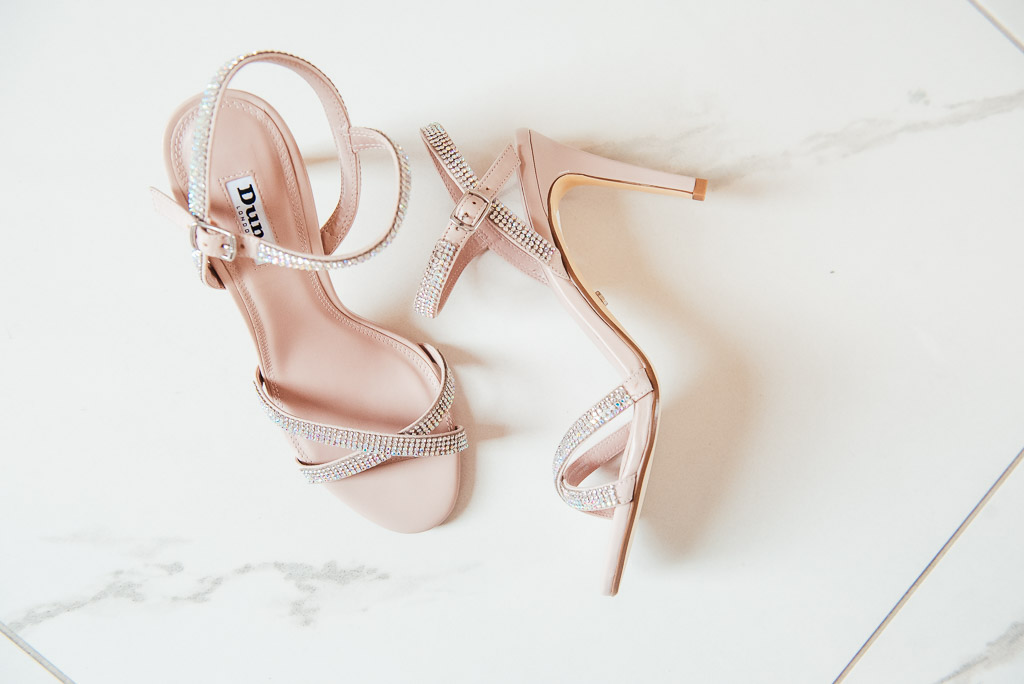 Wedding shoes for a elegant bride