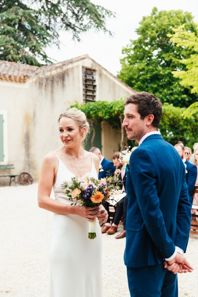 Relaxed French wedding photography, destination wedding photography