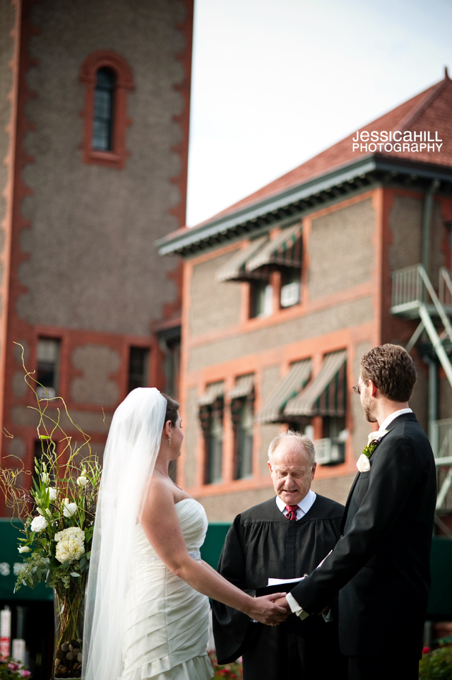 Wilfs-Union-Station-Portland-Weddings_13.jpg