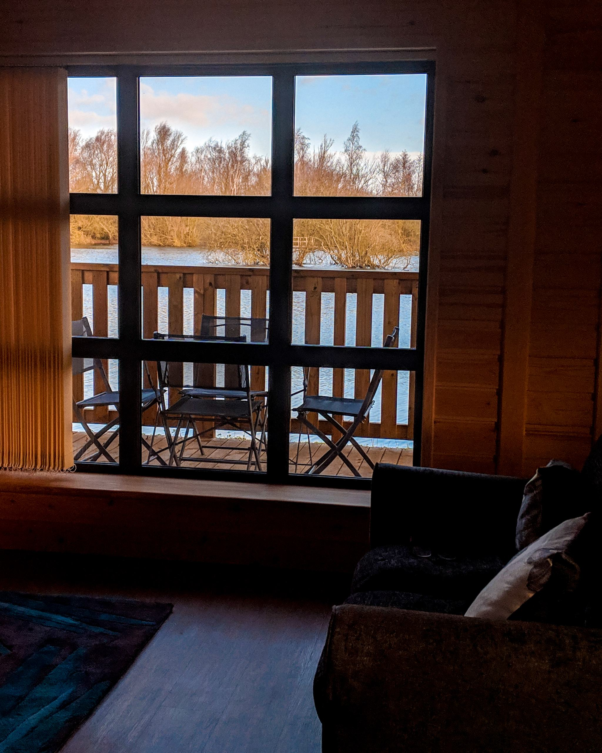 woodlakes-park-cabin-inside