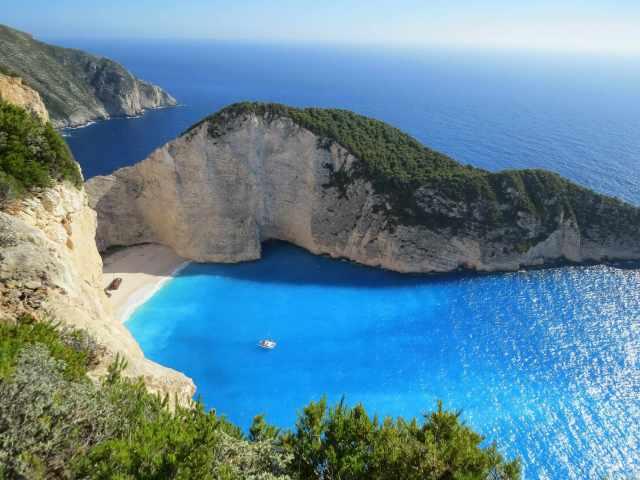 beautiful water and mountain