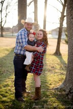 Greenfield, Indiana, Photography, Photographer, Photos, Jessica, Green, Greenfield, IN, JLCustom Photography, Jessica Green, Legler, Jessica Legler, Jessica Green Photography, 46140, Central Indiana, Indianapolis,Outdoor,Fall,Family,Couple,Love,Laughs,Happiness,Boots,Plaid