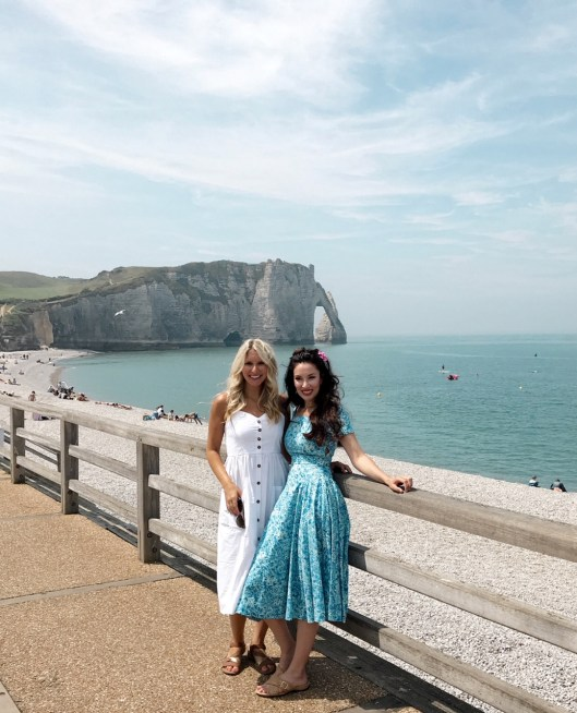 lauren and jess at etretat
