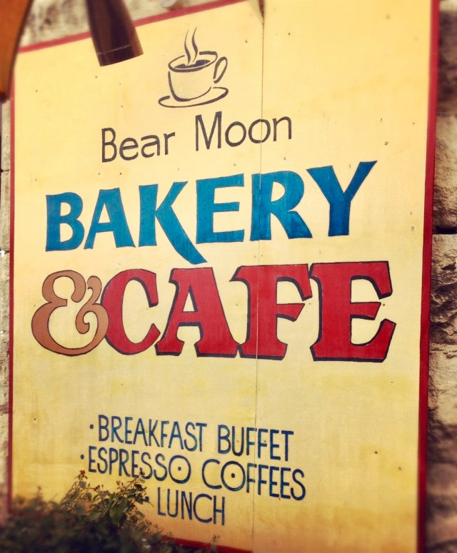 Boerne Brunch: Bear Moon Bakery and Cafe