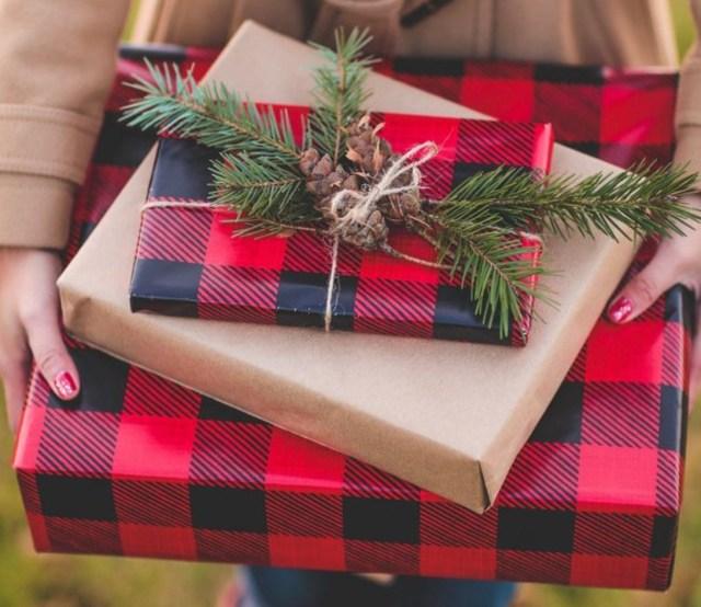 Blogger Gift Giving Guide  2017