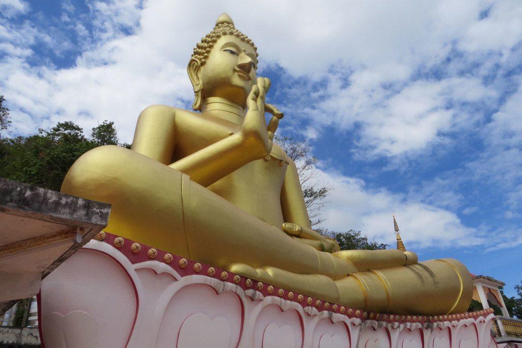 golden-buddha-phuket
