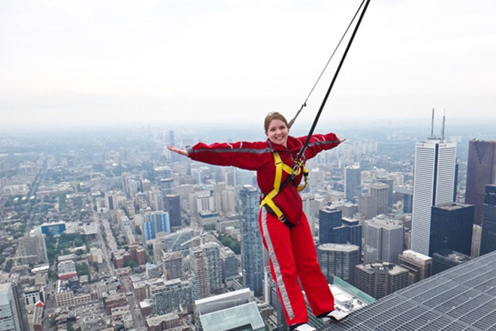 cn-tower-edgewalk