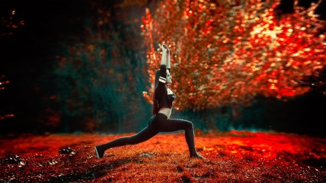 athletic-girl-1388572_1920