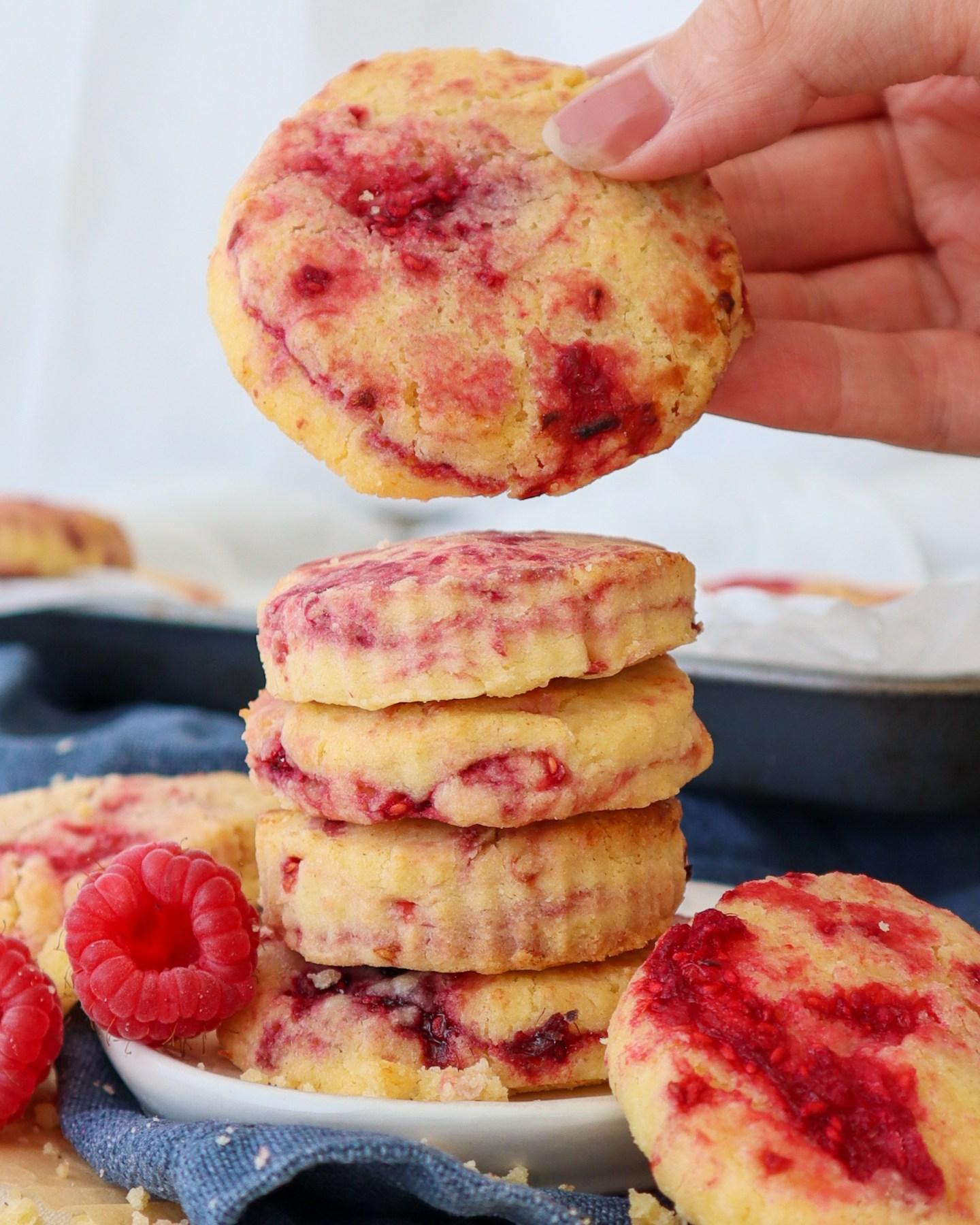 gluten free raspberry shortbread