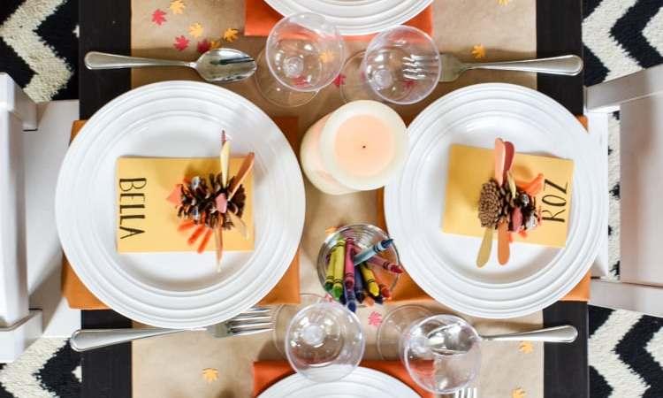 Set a Super-Fun Thanksgiving Kids Table!