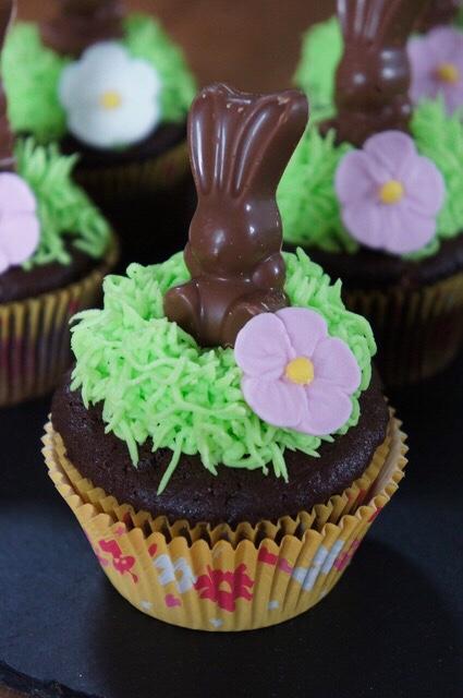 Malteser bunny cupcakes