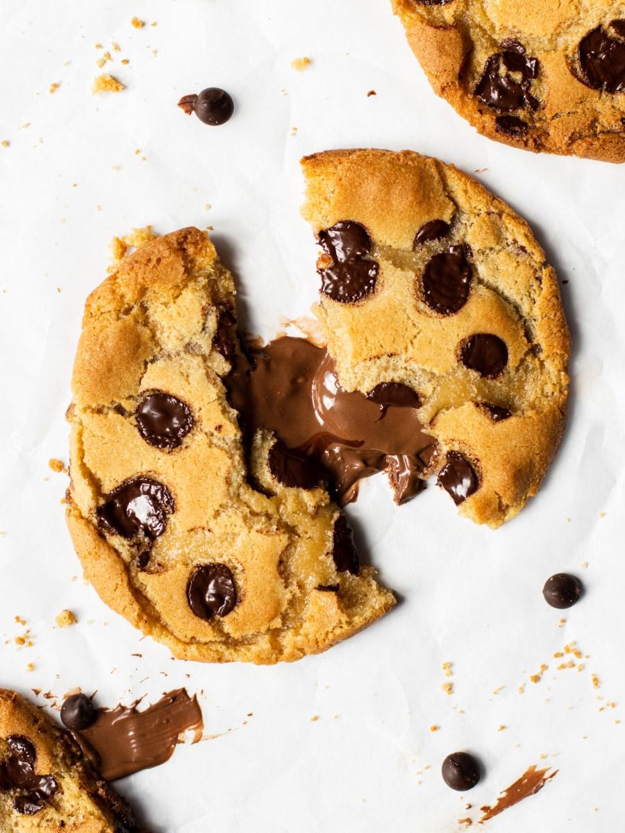 Chocolate chip nutella stuffed cookies